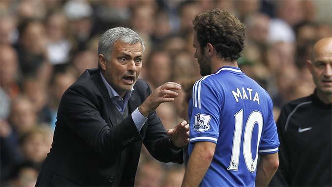 HLV Mourinho từng đẩy Mata từ Chelsea sang M.U