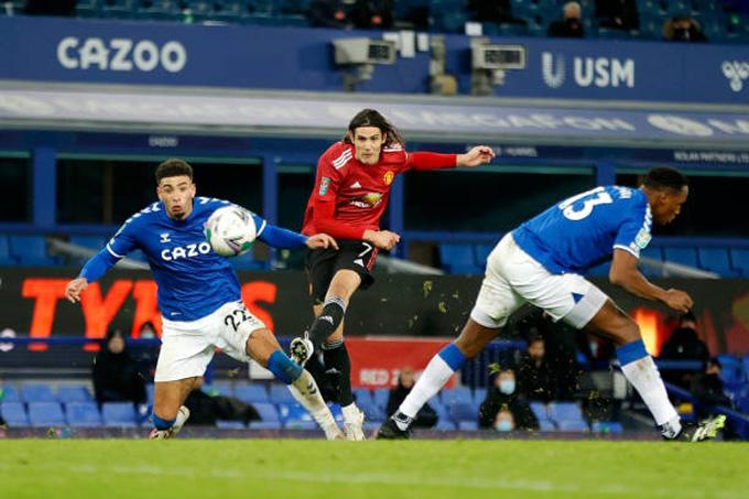 Cavani mở tỷ số trận đấu Everton vs M.U ở phút 88
