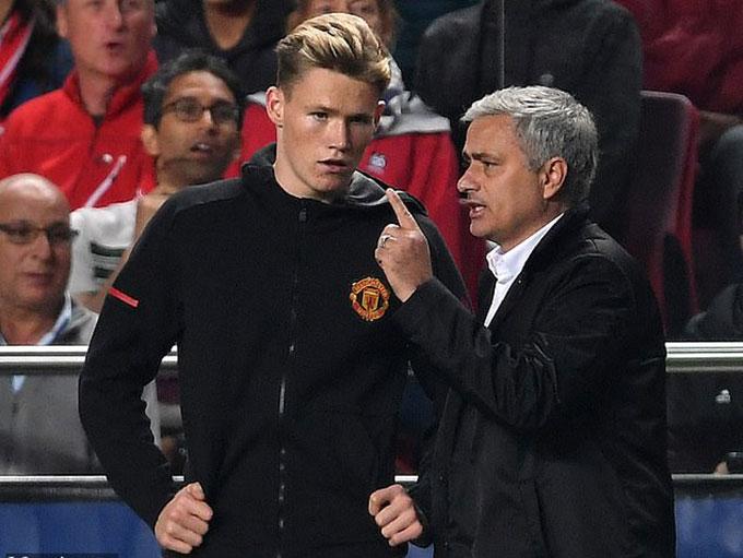 Mourinho có niềm tin mãnh liệt với McTominay