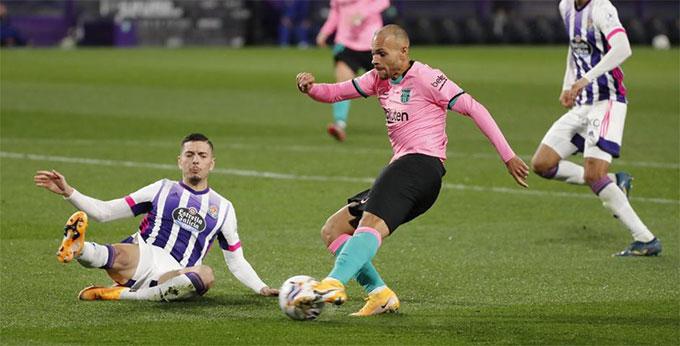 Braithwaite đá chính thay Griezmann ở trận Barca đại thắng Valladolid 3-0