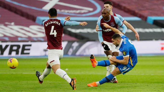 Maupay mở tỷ số trận West Ham vs Brighton ở phút 44