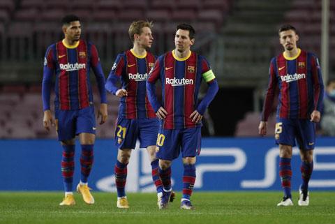 Messi và đồng đội đã trải qua một năm thất vọng nhất khi không giành được danh hiệu nào