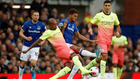 Trận đấu Everton vs Man City hoãn do Covid-19