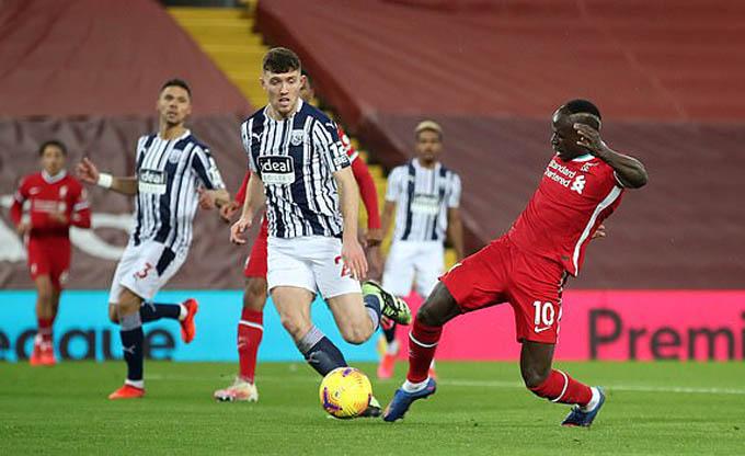 Mane ghi bàn mở tỷ số cho Liverpool ở trận gặp West Brom