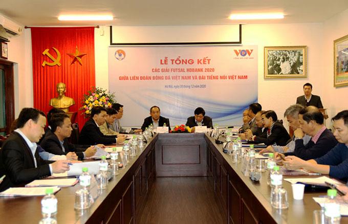Các đại biểu tham dự buổi lễ Tổng kết