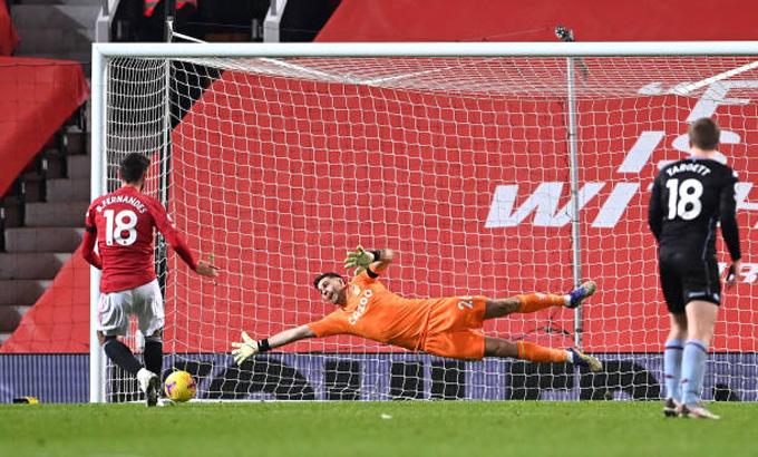 Fernandes nâng tỷ số lên 2-1 trận M.U vs Aston Villa ở phút 61
