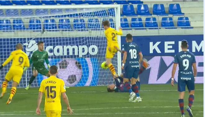 Bàn thắng duy nhất trong trận Huesca vs Barca