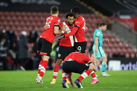 Southampton là đội đầu tiên đánh bại cả 8 nhà vô địch sau khi họ đăng quang