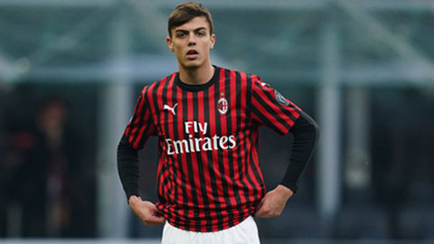 Nhà Maldini cán mốc 1.000 trận cho Milan tại Serie A