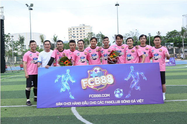 Sự xuất hiện của các cựu danh thủ Việt Nam đã giúp giải đấu trở nên vô cùng hấp dẫn