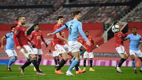 Maguire nhận bão chỉ trích sau bàn thắng của Stones ở derby Manchester