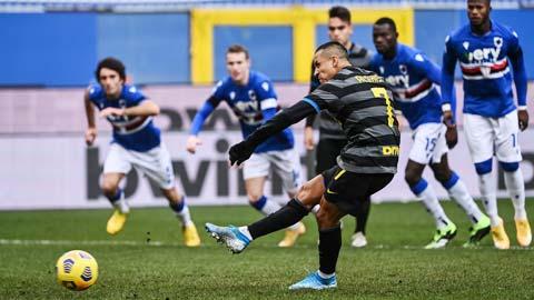 'Tội đồ' Alexis Sanchez đá hỏng penalty khiến Inter thua Sampdoria 1-2