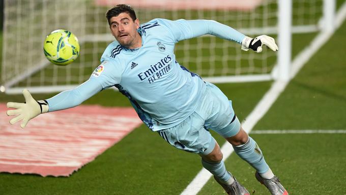 Thủ thành Courtois vẫn thi đấu xuất sắc để bảo vệ mành lưới của Real