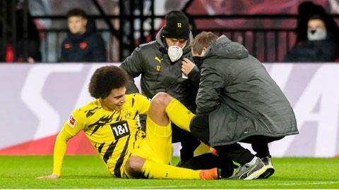 Dortmund mất Witsel đến hết mùa