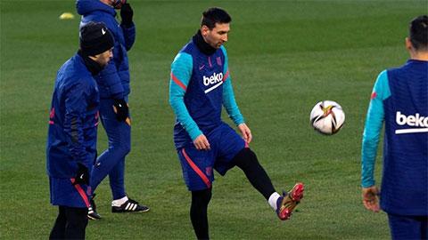 Messi bỏ lỡ buổi tập trước trận bán kết Siêu cúp Tây Ban Nha, fan Barca lo lắng