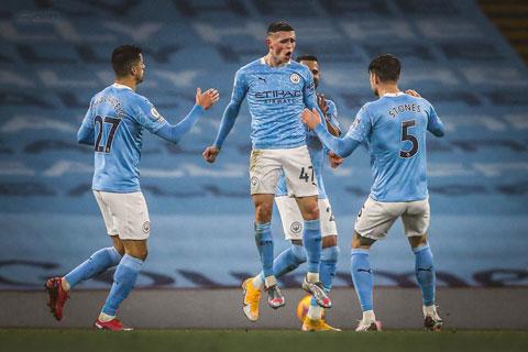 Foden lại hóa người hùng khi ghi bàn duy nhất mang về chiến thắng cho Man City trước Brighton