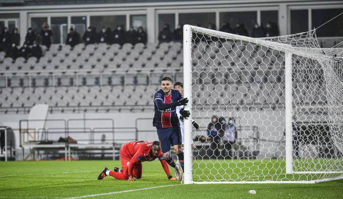 Icardi ghi bàn mở tỷ số cho PSG
