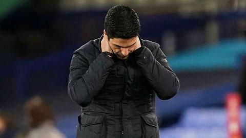 Arteta than trời cầu thủ Arsenal kiệt sức
