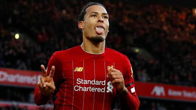 Virgil van Dijk – Southampton đến Liverpool (75 triệu bảng, 2018):Ngôi sao người Hà Lan khiến The Kop phải móc hầu bao chi ra con số 75 triệu bảng Anh vào năm 2018. Van Dijk ngay lập tức chứng minh đẳng cấp khi anh trở thành điểm tựa nơi hàng thủ và là công thần trong việc giúp Liverpool vô địch Ngoại hạng Anh và giành chức vô địch Champions League