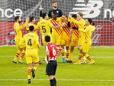 Các cầu thủ Barca sẽ giúp ông thày Koeman có chiếc cúp đầu tiên kể từ khi đến Barca