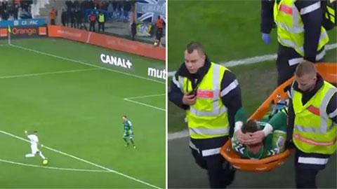 'Phù thủy' Payet quẩy dẻo khiến thủ môn tự chấn thương nhập viện