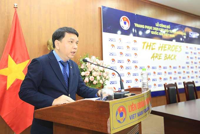 Tổng thư ký VFF – Lê Hoài Anh nhấn mạnh mẫu trang phục thi đấu phiên bản 2021 có sự trẻ trung, khoẻ khoắn, tràn đầy năng lượng