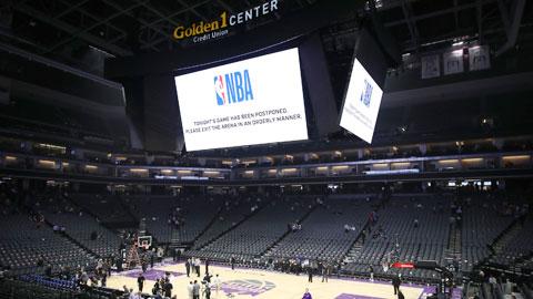 Giữa đại dịch, NBA đứng bên bờ 'phá sản'