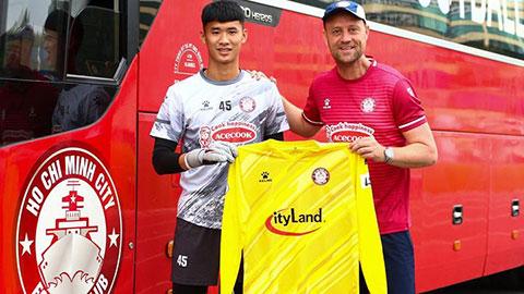 CLB TP.HCM chiêu mộ thủ môn Nguyễn Anh Tuấn