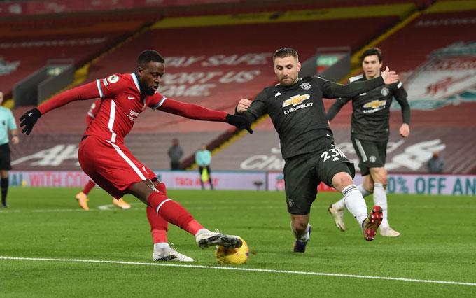 Shaw đã có 1 trận đấu xuất sắc trước Liverpool