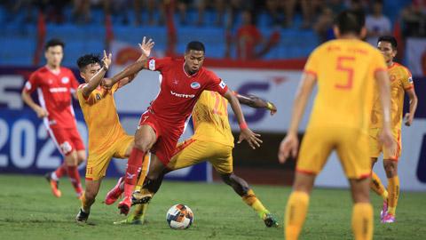 Tổng quan vòng 2 V.League: Chuông reo là phải bắn