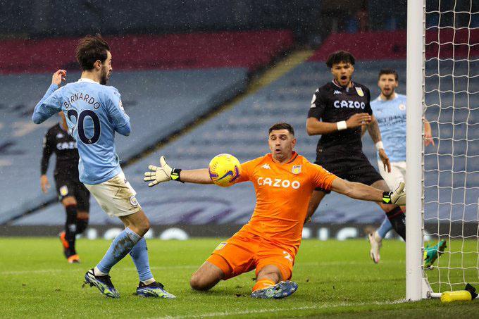 Aston Villa đã thất bại trước Man City