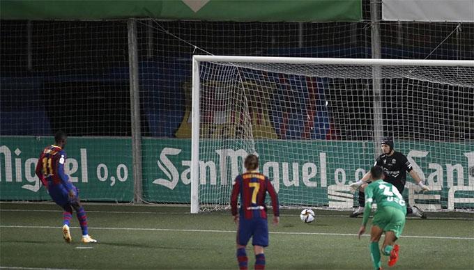 Ramon Juan xuất sắc cản phá được 2 quả 11m