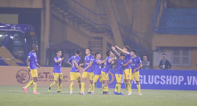 Geovane ghi bàn cho Hà Nội FC. Ảnh: Phan Tùng