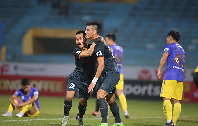 Tiến Linh đã toả sáng với bàn thắng nâng tỷ số lên 2-1. Ảnh: Phan Tùng