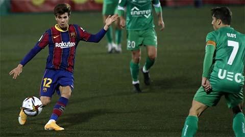 Sau Real, đến lượt Barca 'méo mặt' vì COVID-19