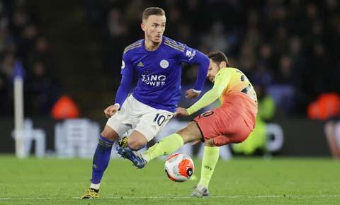 Không khó để Maddison (áo sẫm) và đồng đội vượt qua Brentford để giành vé vào vòng 5 FA Cup