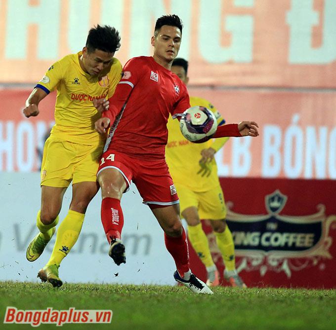 Cũng như Phú Nguyên, Hải Phòng cũng đang có khởi đầu không tưởng ở V.League năm nay khi thắng 2 trận liên tiếp và dẫn đầu BXH giải đấu sau 2 vòng