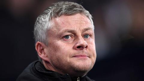 Trước đại chiến MU vs Liverpool, Solskjaer bất ngờ trải lòng về Lingard, Pogba và Van de Beek