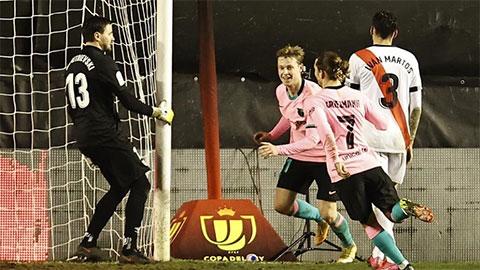 Điểm nhấn Rayo Vallecano vs Barca: De Jong tiếp đà thăng hoa, HLV Koeman thay người hiệu quả