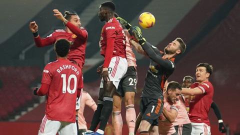 Tranh cãi dữ dội về quyết định của trọng tài ở trận MU vs Sheffield