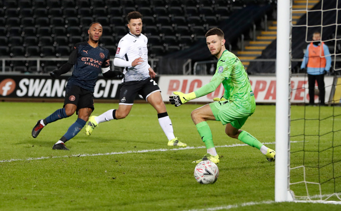 Sterling nâng tỷ số lên 2-0 trận Swansea vs Man City