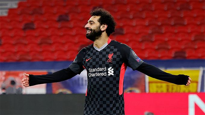 Salah mở tỷ só sau sai lầm của hàng thủ đội chủ nhà