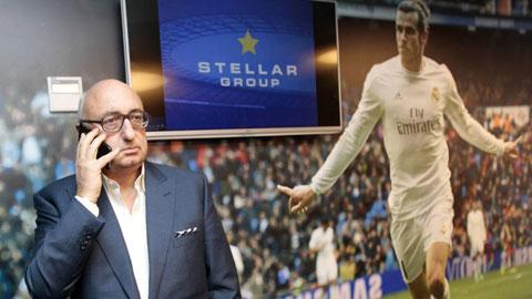 Jonathan Barnett (trái) người đại diện của Bale