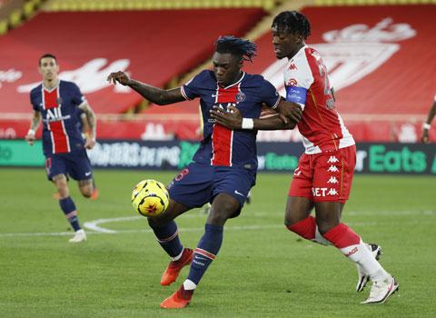 Đang hưng phấn, PSG (trái) sẽ đánh bại Monaco đêm nay