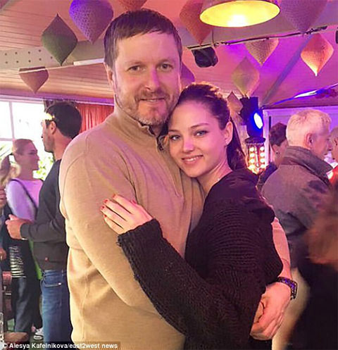 Yevgeny Kafelnikov và con gái Alesya