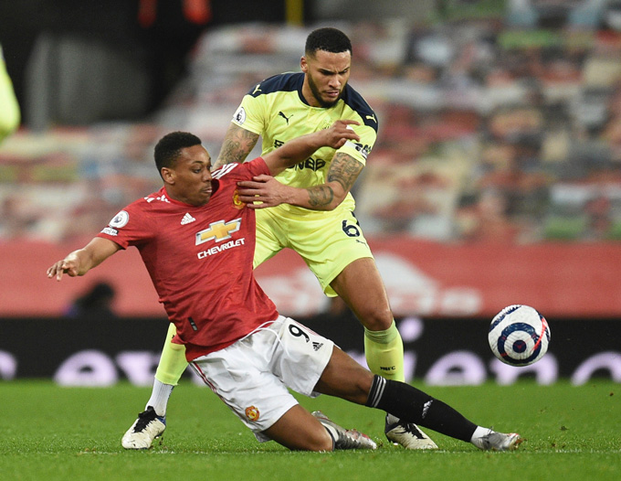 Martial chỉ có đúng 1 cú sút về phía khung thành Newcastle sau 70 phút thi đấu