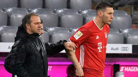 Niklas Suele đang là hậu vệ phải bất đắc dĩ của Bayern