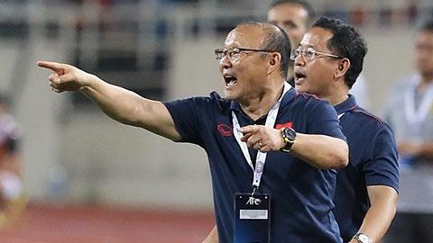 VFF nói gì về hợp đồng của HLV Park Hang Seo?