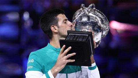 Djokovic sao chép chiến thuật của Federer