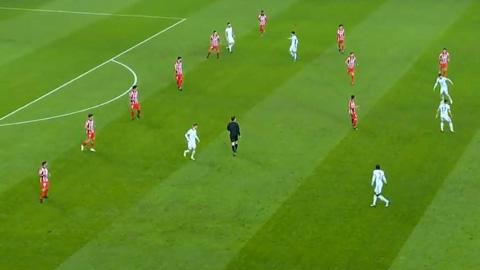 Có thời điểm Atletico phòng ngự với sơ đồ 6-3-1 ở trận gặp Chelsea